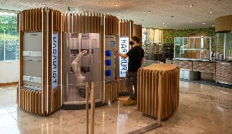 Ocado serves up catering robots